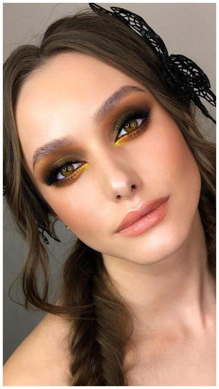 Зелено-золотой макияж для зеленых глаз