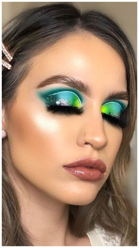 Стильный макияж в стиле акварель