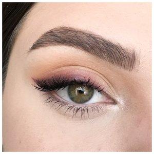 Красивый летний макияж для зеленых глаз