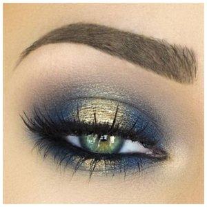 Сине-зеленый макияж глаз