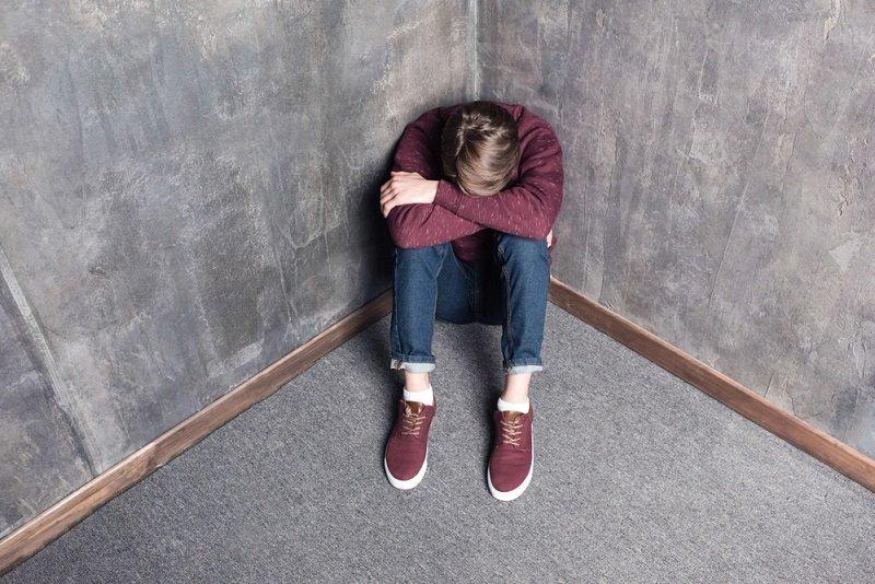 Мальчик в депрессии