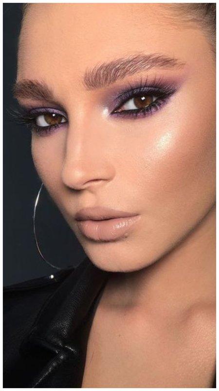 Красивый восточный макияж с фиолетовым цветом