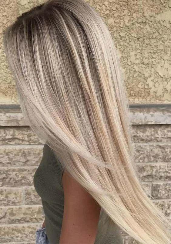 Красивые длинные волосы блонд