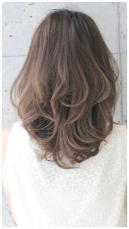 Укладка на брашинг волосы средней