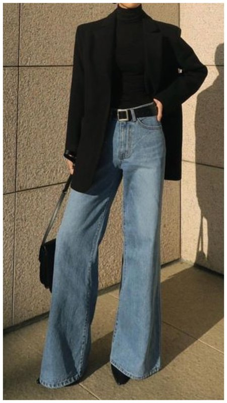 Очень стильный осенний образ с джинсами клеш