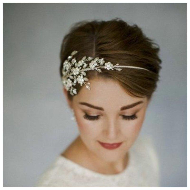 Идея для прически на свадьбу, елси очень короткие волосы