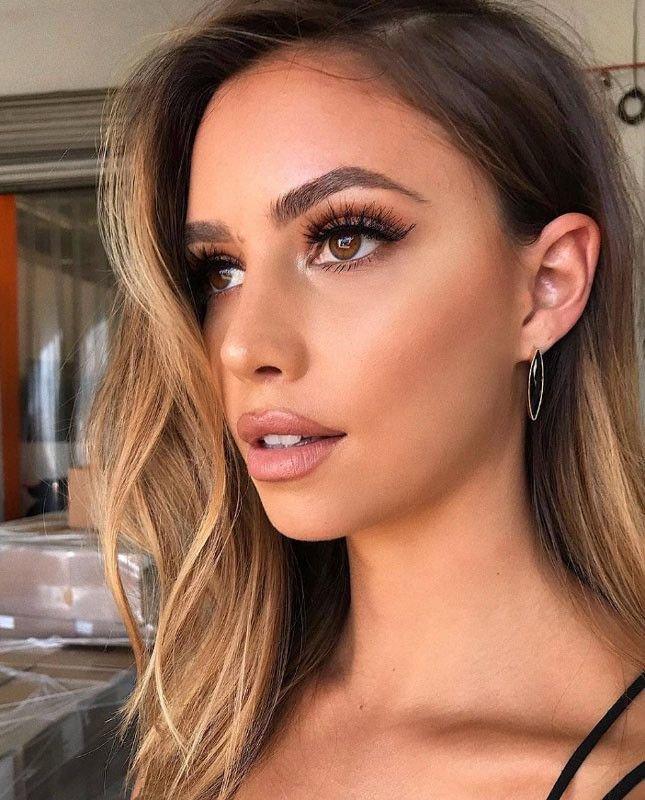 Красивый макияж в коричневых тонах