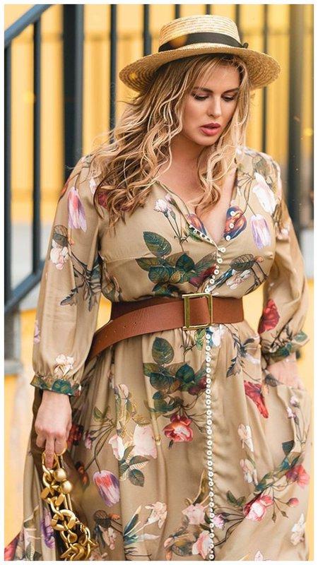 Семенович в платье