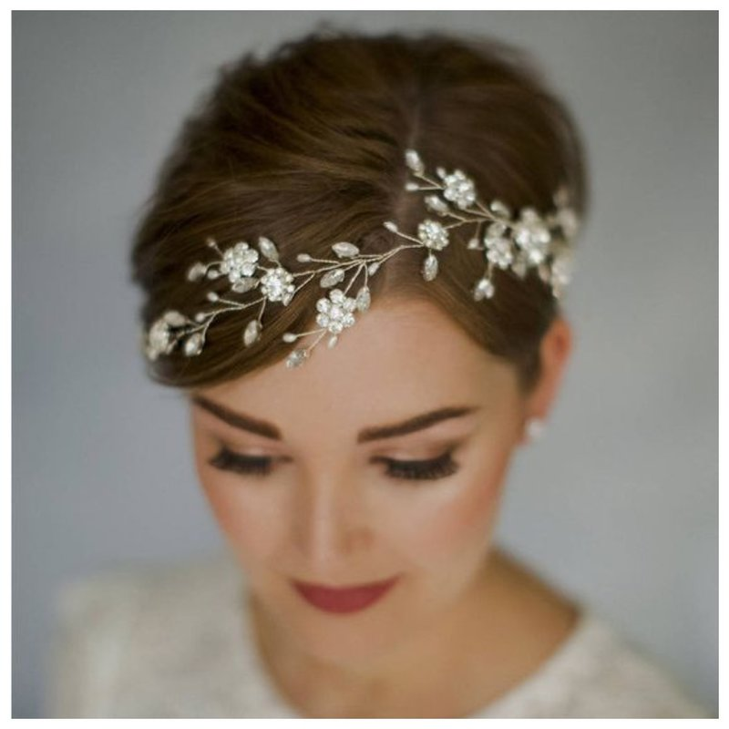 Украшение на свадьбу для коротких волос