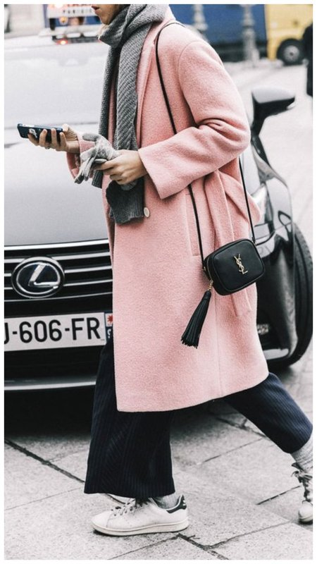 Розовое пальто на зиму