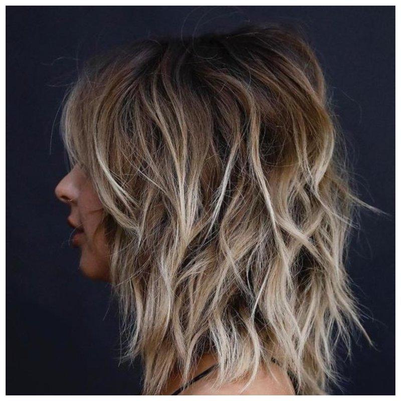 Фото стрижка шегги на волосы средней длины
