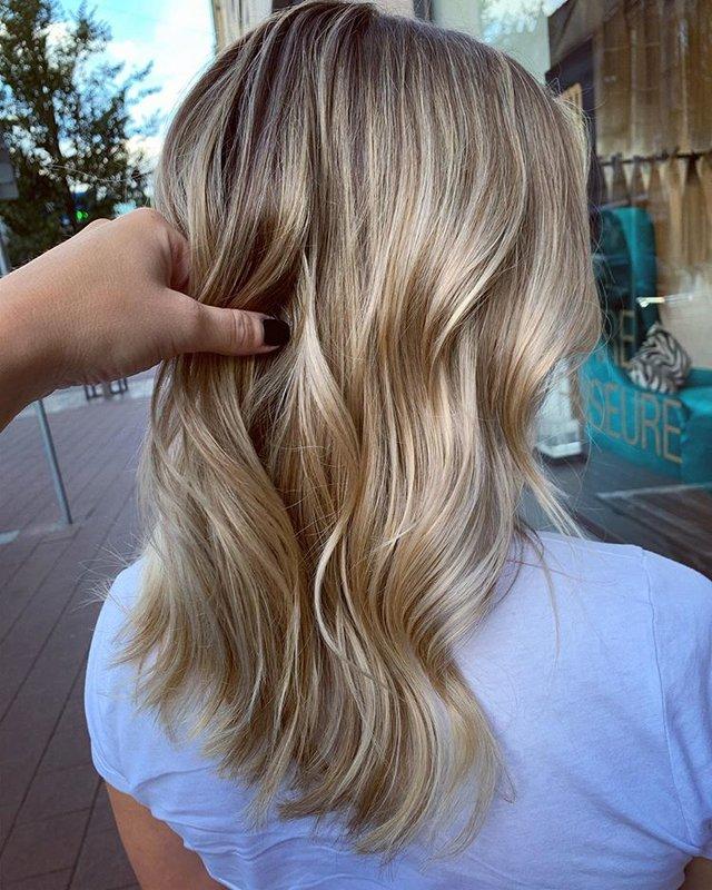 Красивая укладка для средних волос