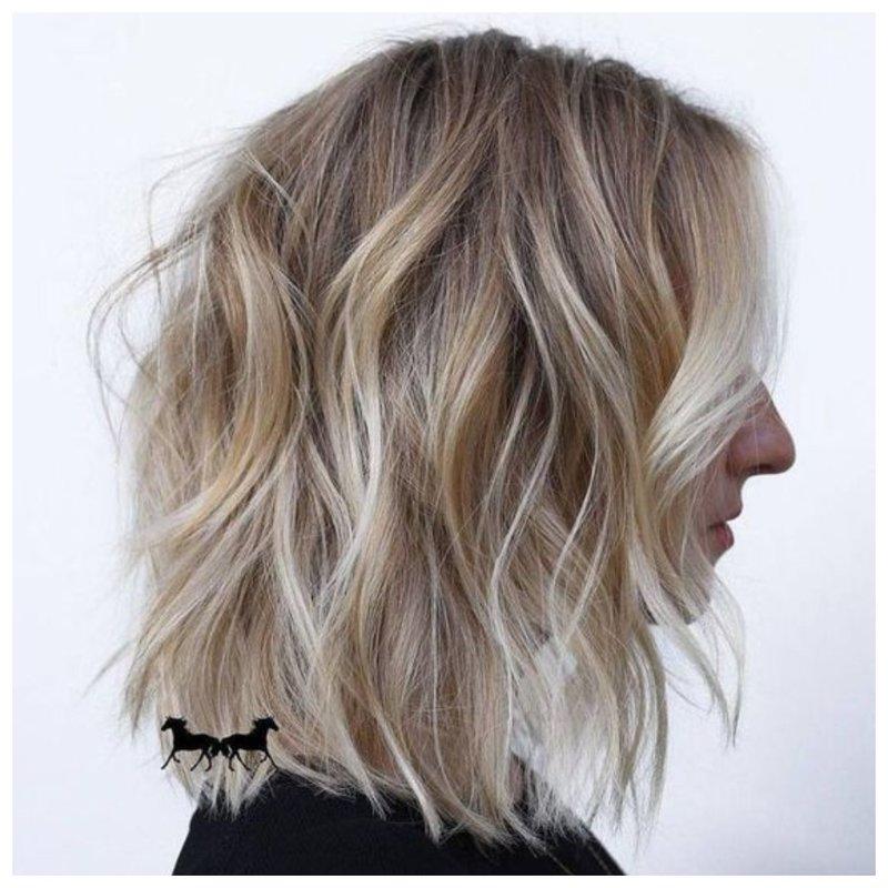 Стрижка шегги на волосы средней длины фото