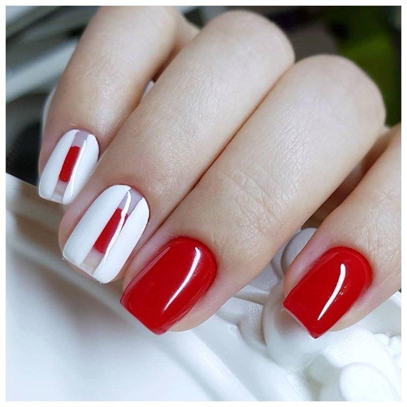 Красные ногти с белым