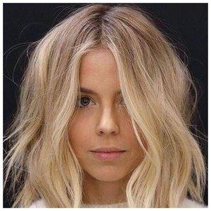 Красивая легкая укладка для волос фото