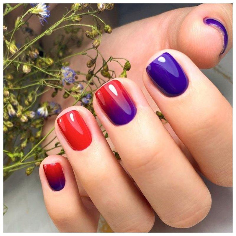 Красно-фиолетовый градиент на ногтях
