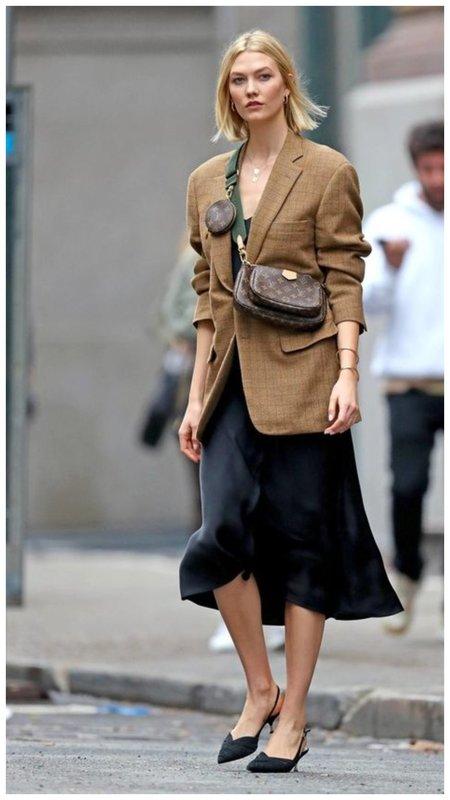 Сатиновое платье с пиджаком фото
