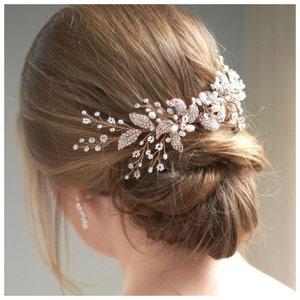 Простой вариант свадебной прически для длинных волос