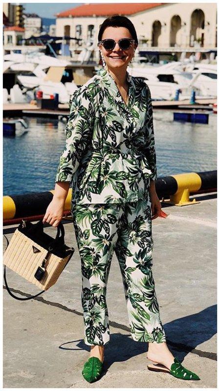 Жена Петросяна в модной пижаме
