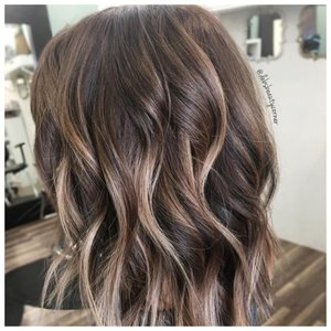 Легкие кудри на волосах