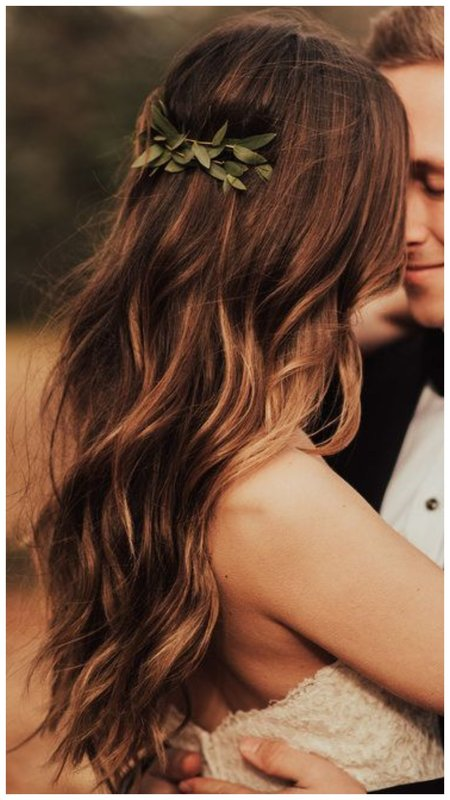Укладка на длинные волосы на свадьбу фото