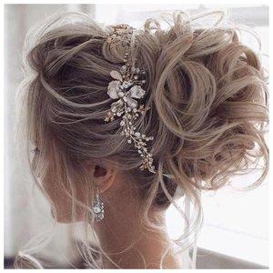 Идея для свадебной прически