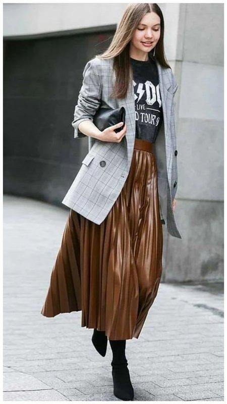Модная кожаная юбка плиссе