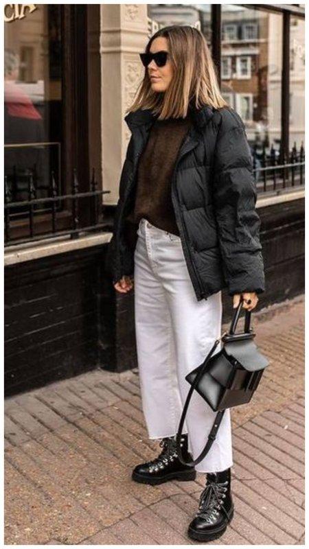 С чем носить белые джинсы осенью