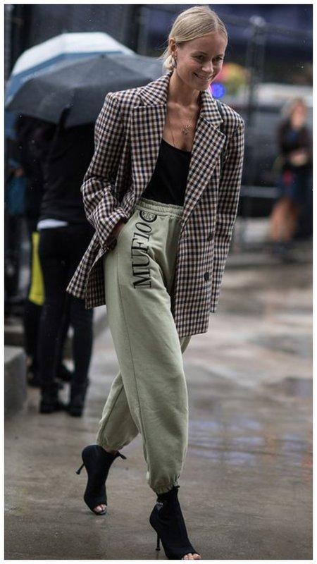 Стильный пиджак для женщин