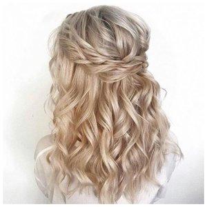 Свадебная прическа на средние волосы распущенные