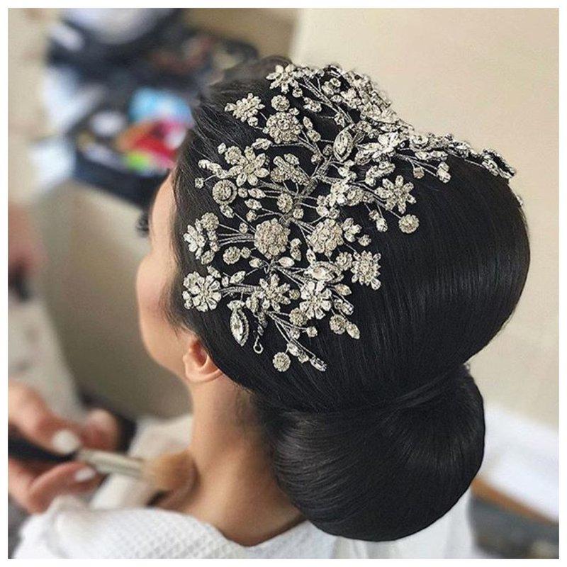 Аксессуар на свадьбу для волос