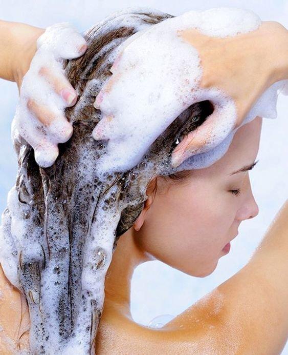 Модно ли мыть голову каждый день