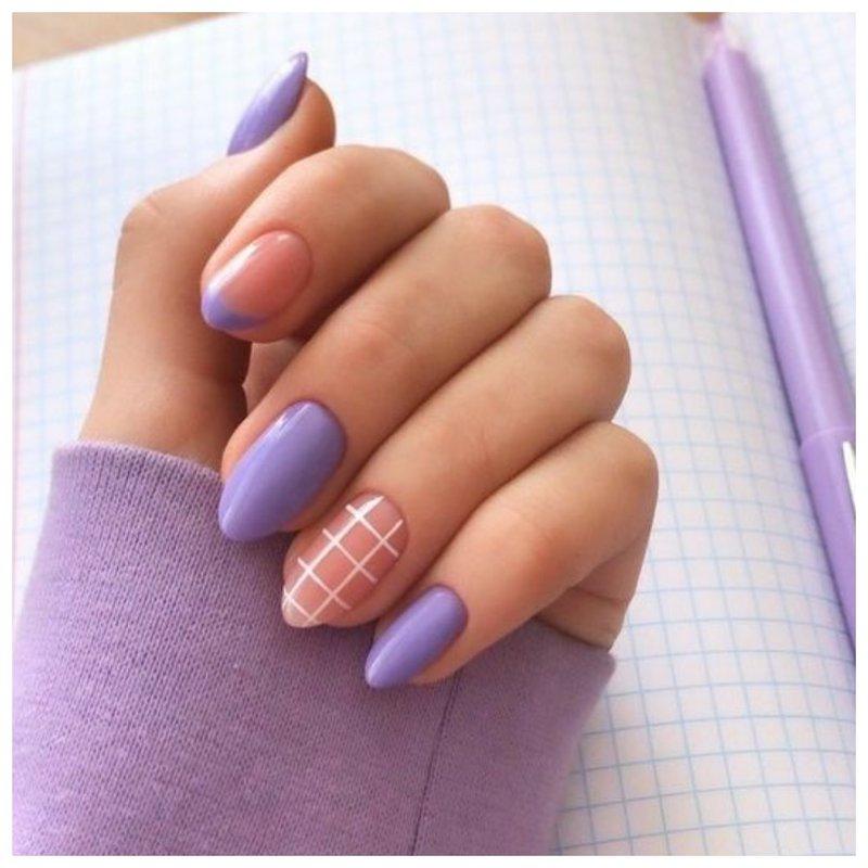 Фиолетовые ногти с дизайном клетка
