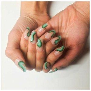 """Дизайн """"волны"""" на ногтях"""