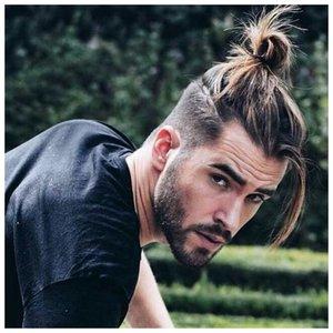 Длинные волосы и бритые виски с хвостом