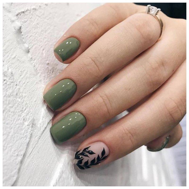 Оливковые ногти формы закругленный квадрат