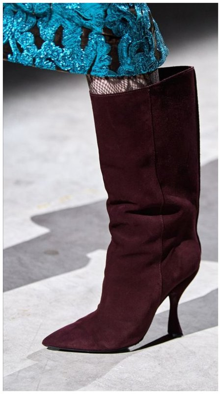 Модные сапоги осень зима 2020-2021 фото