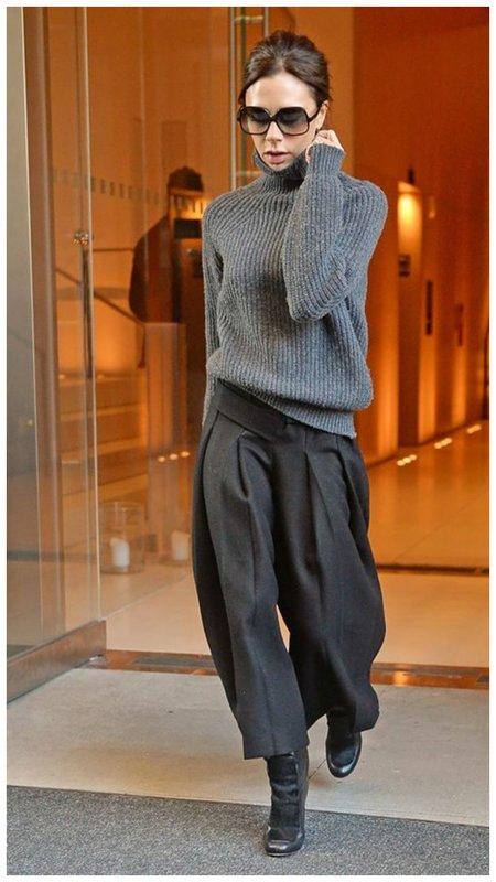 Виктория Бекхэм в свитере