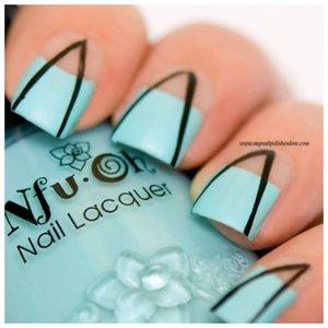 Необычные синие ногти
