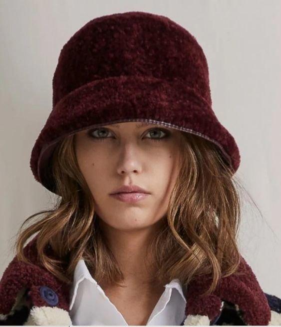 Модная шляпа на зиму