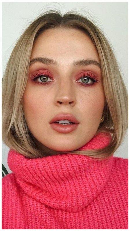 Нежно-розовый осенний макияж