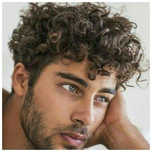 Стрижка помпадур для волнистых волос