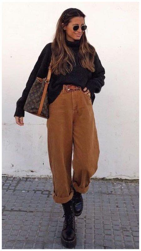 Осенний образ с джинсами слоучи