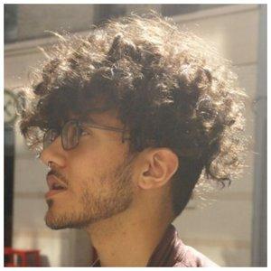 Как уложить кудрявые волосы мужчине