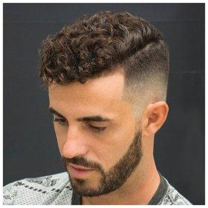 Спортивная стрижка для волнистых волос