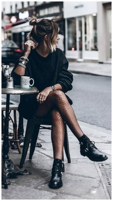Красивый наряд в черном