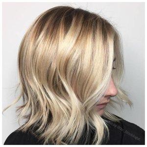 Блонд и каре - удачное сочетание