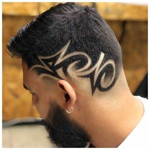Оригинальный узор на волосах