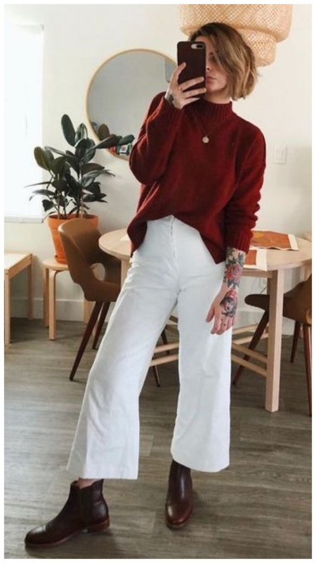 Свитер и белые джинсы