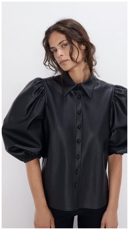 Блузка из эко-кожи